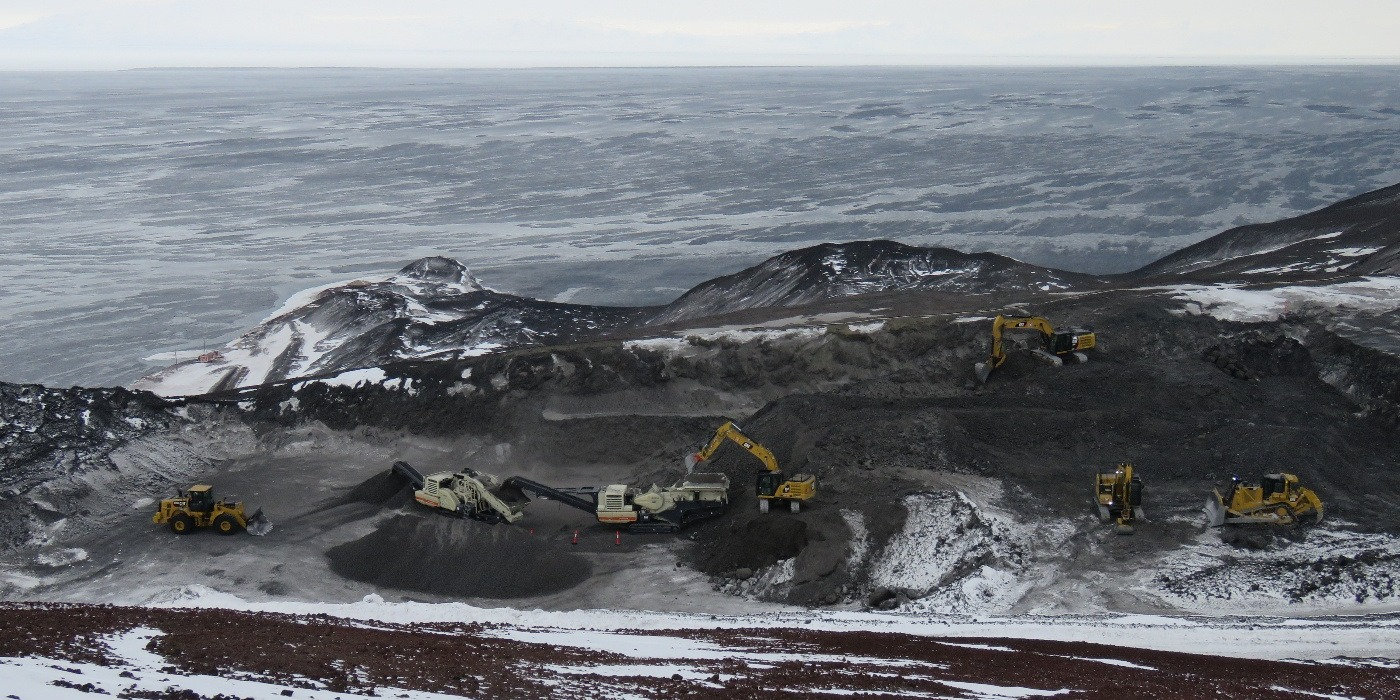 Quarry & ross sea, Quarrying in Antartica